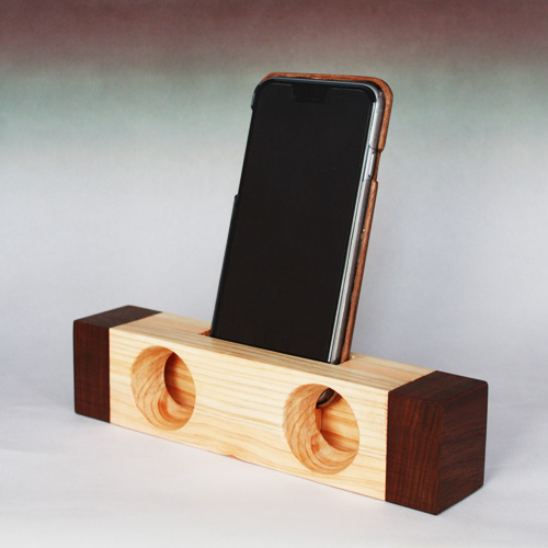 Sound box for smartphone